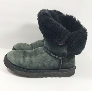 UGG Bailey button short ankle fur boots size 7
